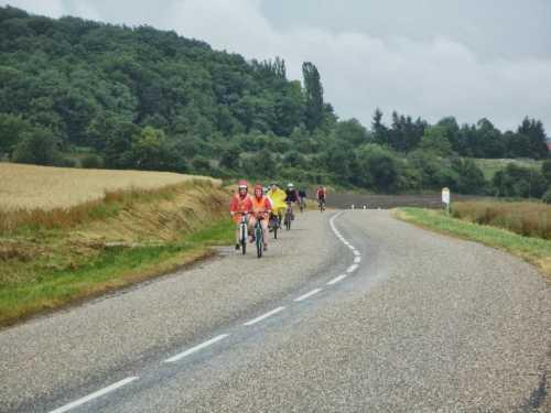 à vélo, la pluie nous raffraîchit bien